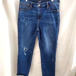 J. Crew vintage straight distressed Jeans size 32